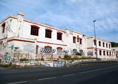 La Internacional pintura-fabrika